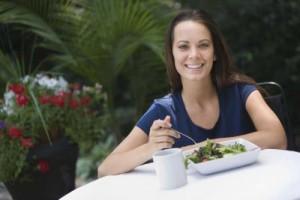 Welche Lebensmittel fördern die Fettverbrennung